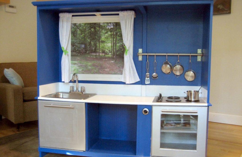 Покрытие столешницы кухни своими руками