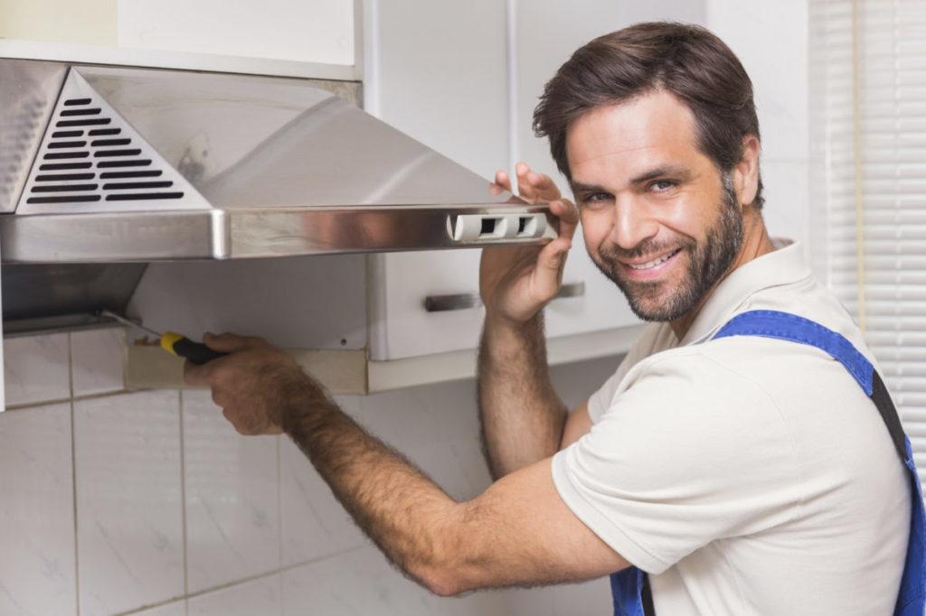Схема монтажа вытяжки на кухне