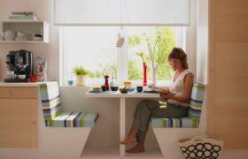Откидной стол на кухню размещение у окна