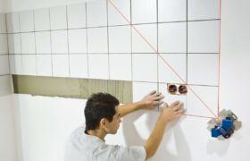 Установки фартука на кухне плитки из керамики и мозаики