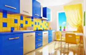 Сочетание синей кухни с другими оттенками
